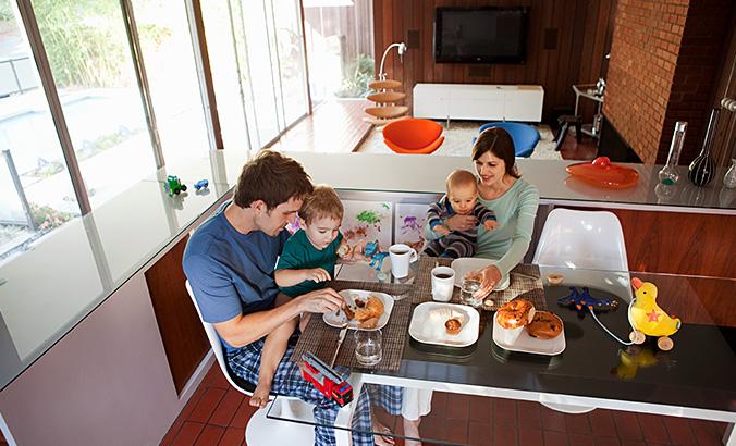 essen wie die gro en familienkost kindergesundheit. Black Bedroom Furniture Sets. Home Design Ideas