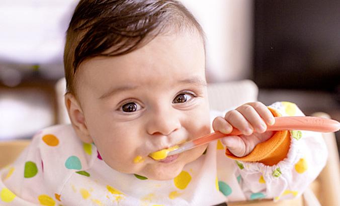 Baby Würgt Beim Essen